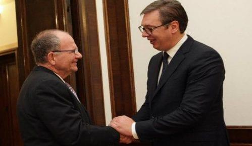 Vučić i Po: Iskoristiti priliku za kompromis za Kosovo 9