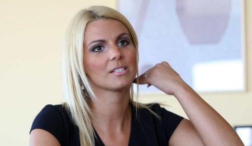 Privatnom Studiju B od Beograđana oko 50 miliona 11