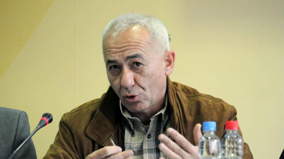 Vučić žrtvuje budućnost Srbije zbog Radosavljevića 1