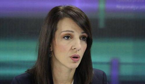 Tepić: Osim poslanika i policije u Skupštini Srbije u subotu bili i navijači 5