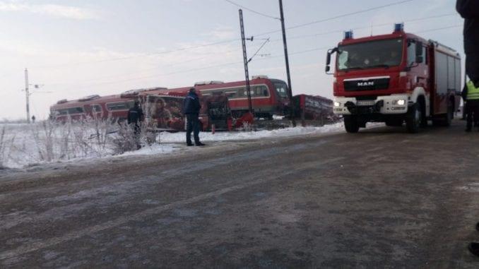 Niš: Sudar autobusa i voza - pet poginulo, povređeno na desetine 3