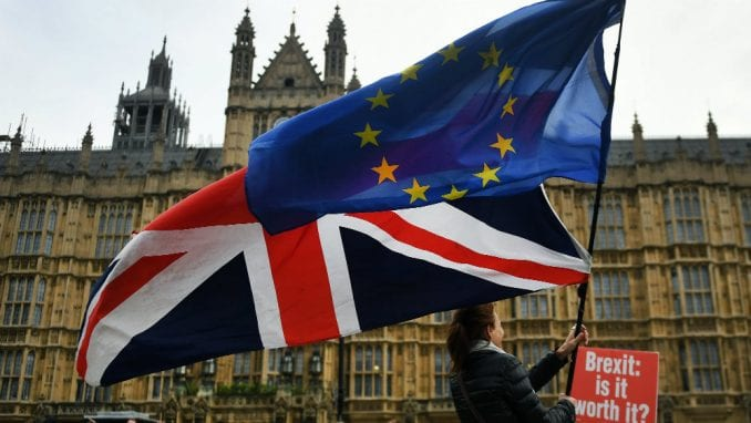 Novi britanski pasoši bez natpisa Evropska unija 1