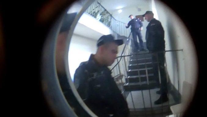 Inicijativa Za krov nad glavom pozvala na akciju sprečavanja iseljenja porodice u Novom Sadu 4