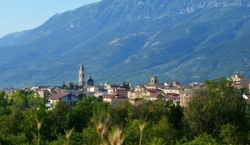 Sulmona: Na pola puta 10