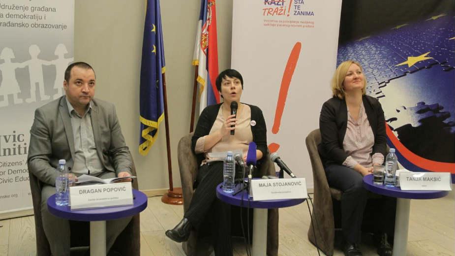 Ove godine 57 napada na novinare u Srbiji 1