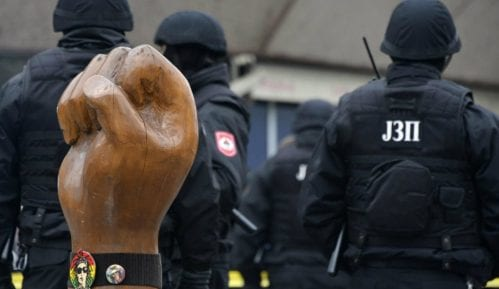 Banjaluka: Posle jutrošnjih hapšenja, sa Trga uklonjena slika Davida Dragičevića 8