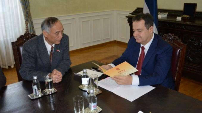Dačić primio u oproštajnu posetu kineskog ambasadora Li Mančanga 3