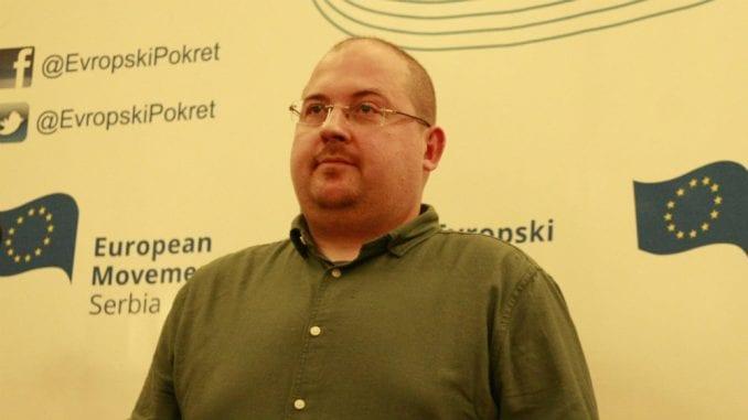 Somborac: Gojković da se odredi prema saopštenju Ministarstva kulture o uništavanju izložbe 3
