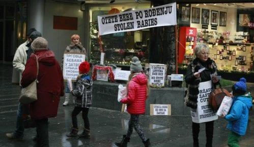 Roditelji nestalih beba najavili da se pridružuju protestima Jedan od pet miliona 4