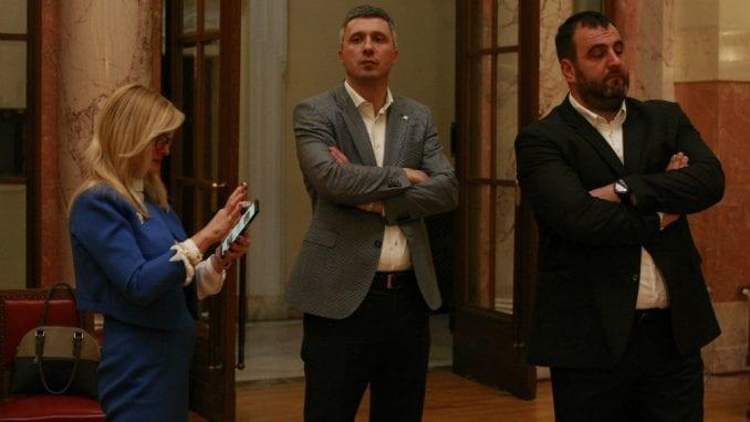 Obradović: Rasprava o Vojvodini da bi se skrenula pažnja sa predaje Kosova 1