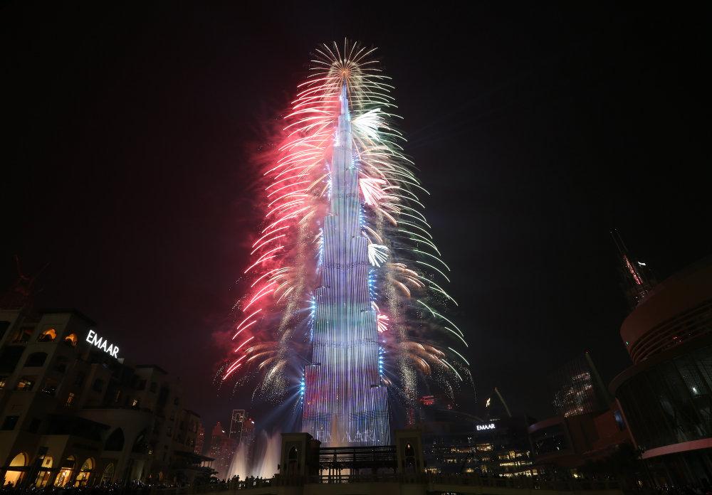 Vatrometi obeležili početak Nove godine u svetu (FOTO) 10