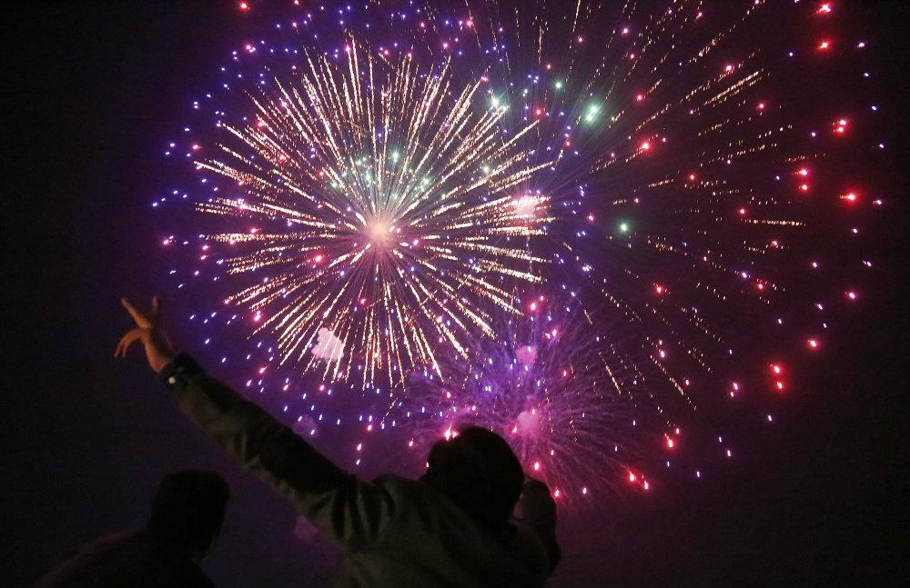Vatrometi obeležili početak Nove godine u svetu (FOTO) 13