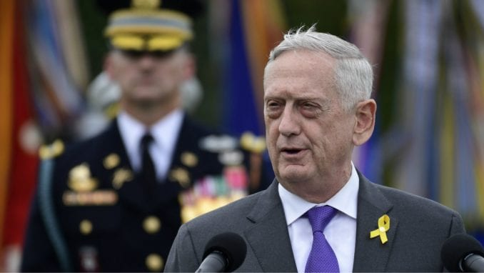 Američki ministar odbrane podneo ostavku nakon sukoba s Trampom 4