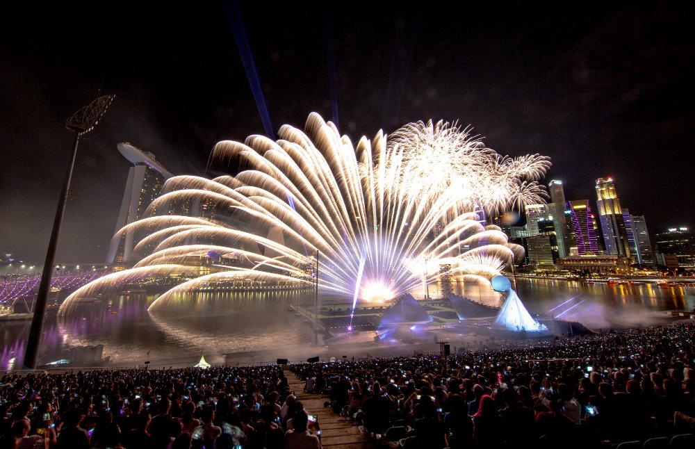 Vatrometi obeležili početak Nove godine u svetu (FOTO) 16