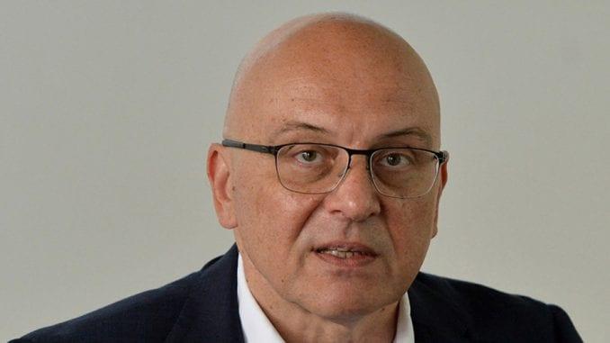 Vukosavljević pozvao Vatikan da spreči provokacije poput katoličke mise u crkvi u Novom Brdu 3