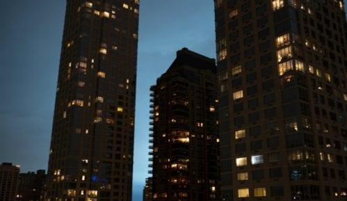 Eksplozija obasjala nebo iznad Njujorka i izazvala komentare o vanzemaljcima 3