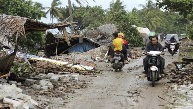 Cunami u Indoneziji odneo više od 160 ljudskih života 4