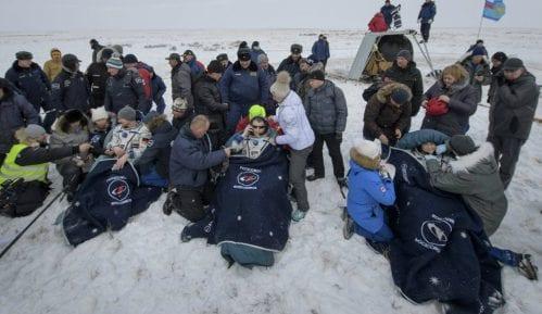 Ruska kapsula vratila tri astronauta s Međunarodne svemirske stanice 10