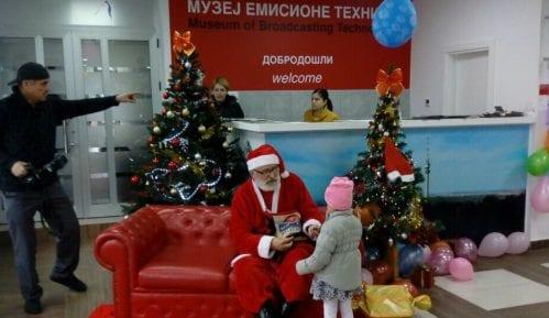 Avalski toranj proslavio rekordnu godinu druženjem mališana sa Deda Mrazom 13