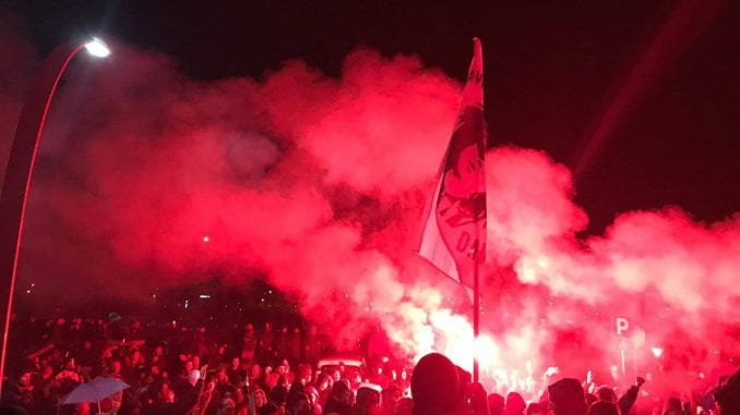 Članovi pokreta Pravda za Davida sprečili održavanje koncerta Harisa Džinovića u Banjaluci 1