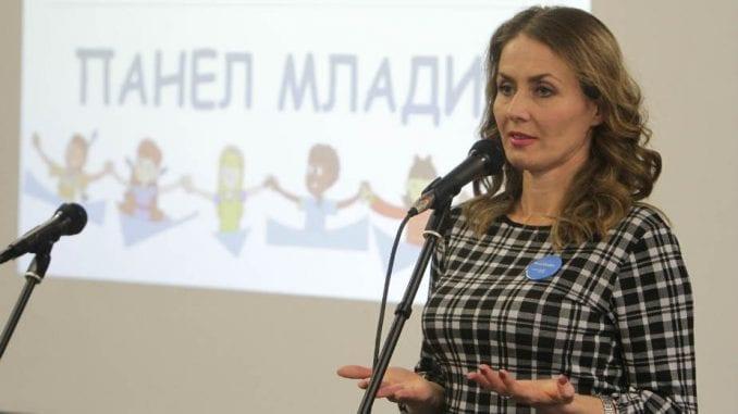 Poverenica traži da trgovci u Srbiji ne rade nedeljom i praznikom 3