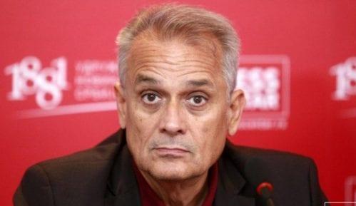 Gajović o optužbama predstavnice UNS-a: Da li je po sredi lažna i zlonamerna obrada istine 15