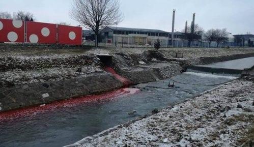 Institut: Nema tragova zagađenja Lepenice posle izlivanja crvene tečnosti 9