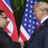 Nova knjiga o Trampu otkriva njegovu prepisku sa Kim Džong Unom 13