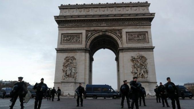 Odložen koncert Boba Sinklera na vrhu Trijumfalne kapije u Parizu 3