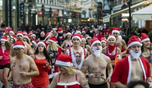 Trke Deda Mrazova u više zemalja sveta (FOTO) 13