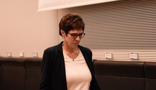 Nova liderka CDU ima veću podršku od Angele Merkel 9