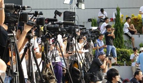 UNS: Neprihvatljivo ponašanje srednjoškolaca prema novinarima u Leskovcu 14
