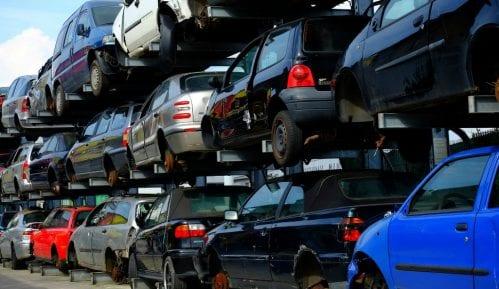 Kako je Grčka postala groblje polovnih vozila-zagađivača 14