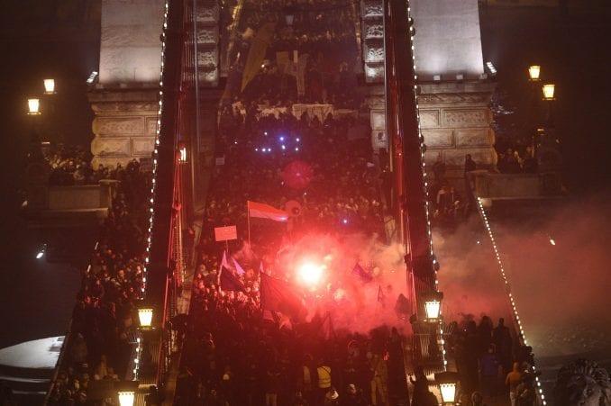 U Mađarskoj nekoliko hiljada ljudi na protestu zbog zakona o radu 2