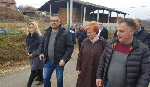 Stamatović: Nedimović nema vremena za malinare, jer je u izbornoj kampanji u Dragačevu 1