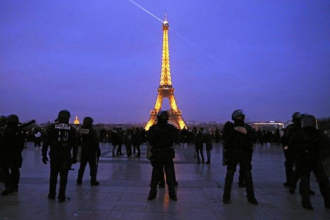 Nekoliko hiljada ljudi na protestu Žutih prsluka u Francuskoj 1