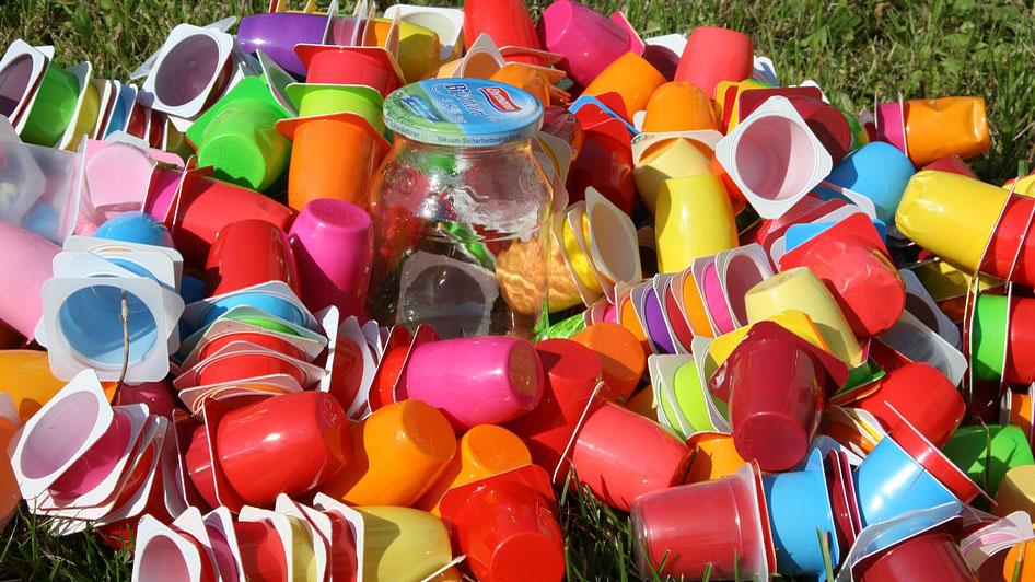 Svet proizvodi i troši sve više plastike 1