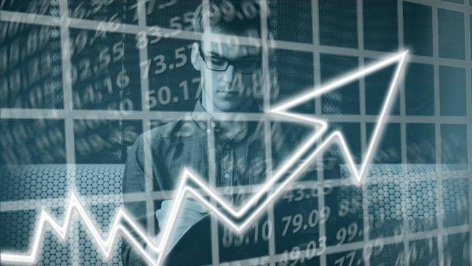 Neuobičajeno veliki rast plata programera u Srbiji 1