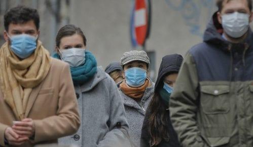 Rumuni protestuju protiv mera za suzbijanje korona virusa 21