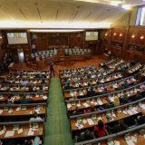 Usvojena zabrana kockanja na Kosovu 10