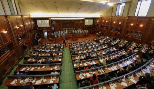 Zbog tenzija prekinuta sednica Skupštine Kosova 1