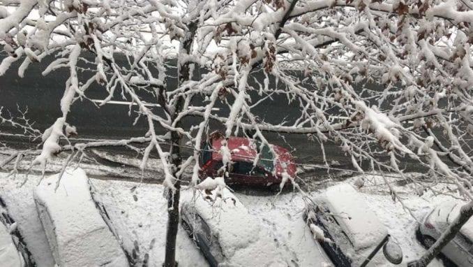 U Srbiji u petak hladno i oblačno, uz slab sneg 1