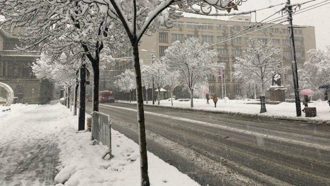AMSS: Opasnost od leda i poledice, prohodnost puteva bolja 3