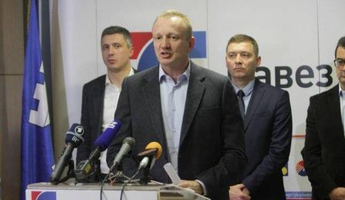 Kolika izlaznost bi bila dokaz uspešnog izbornog bojkota opozicije? 4