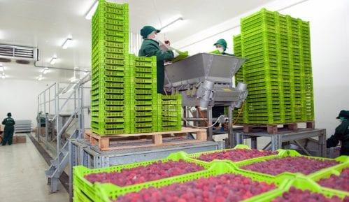 Ugovor garantuje sigurnost u otkupu voća 11