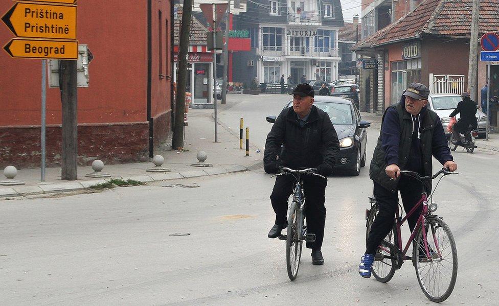 Biciklisti u centru Bujanovca