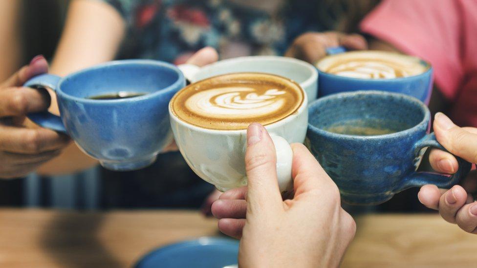 šolje kafe