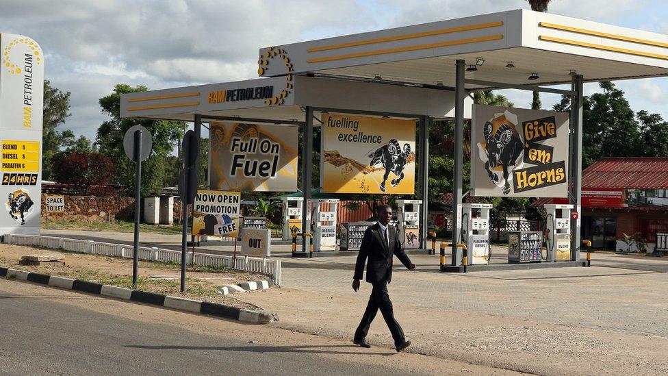Benzinska pumpa u Zimbabveu
