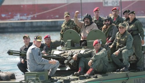 Maduro i vojska odbacuju ultimatum 15