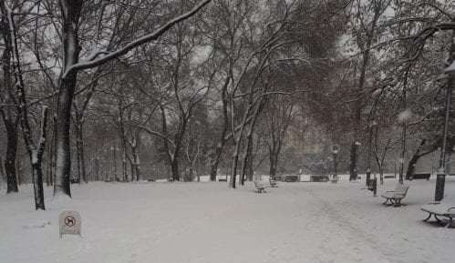 Vranje pod snežnom blokadom, nadležni ćute 13